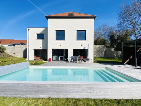 Acheter        Maison/villa de luxe Franche-Comté 630 000 €