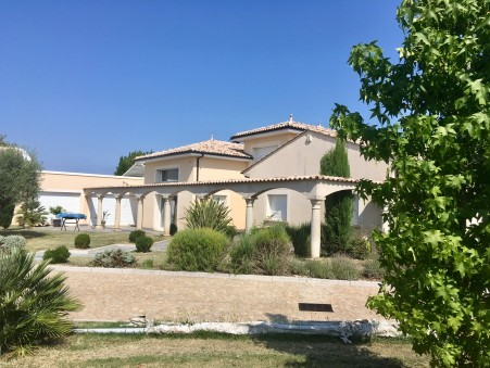 à vendre Villa de prestige Bergerac 840 000 €