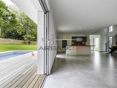 Maison de prestige Arbonne 1 030 000 €