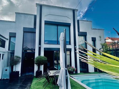 Maison de prestige Dijon 1 130 000 €