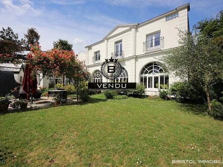 Maison de luxe Montmorency 1 854 000 €