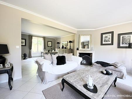 Maison de luxe Chantilly 660 000 €