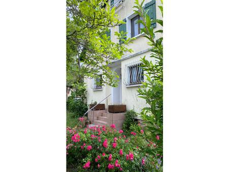 Vente        Maison de maître de prestige Rhône-Alpes 640 000 €