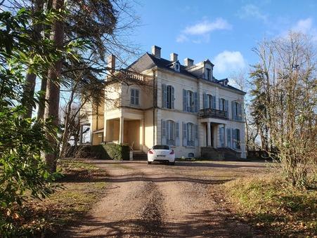 à vendre        Manoir de luxe Auvergne 587 600 €