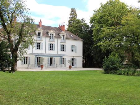 Vente        Château de prestige Bourgogne 4 399 500 €