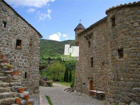à vendre Maison de prestige Rhône-Alpes 945 000 €