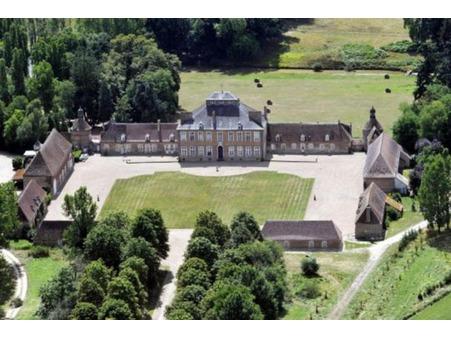 à vendre        Château haut de gamme Centre 2 625 000 €