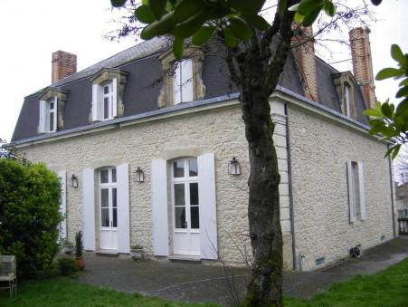 Maison de prestige  575 000 €