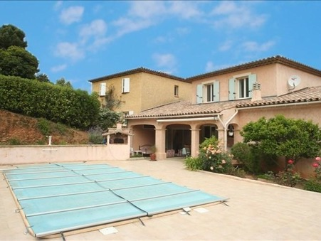 à vendre Villa  Sainte Maxime 575 000 €