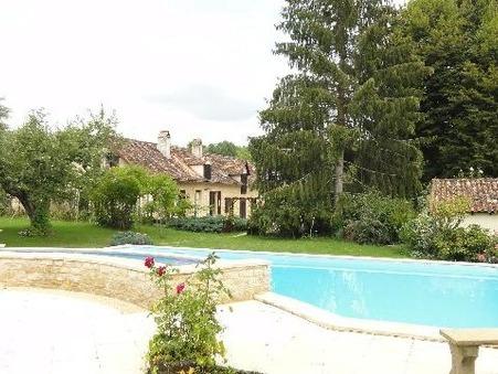 à vendre        Maison/villa de qualité Aquitaine 546 000 €