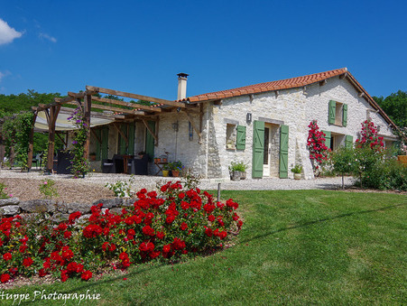 Achat En pierre de prestige Dordogne 549 600 €