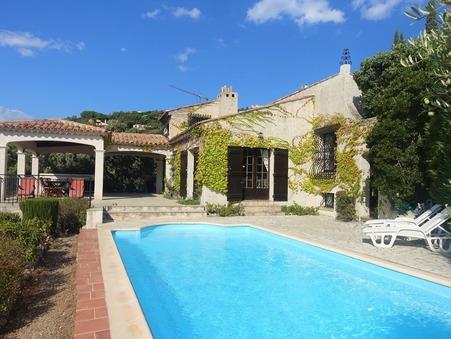 Vente Villa haut de gamme Les Issambres 697 000 €