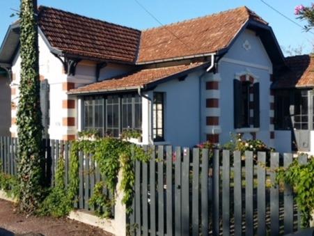Maison villa de luxe gujan mestras maisons villas de for Achat maison gujan mestras