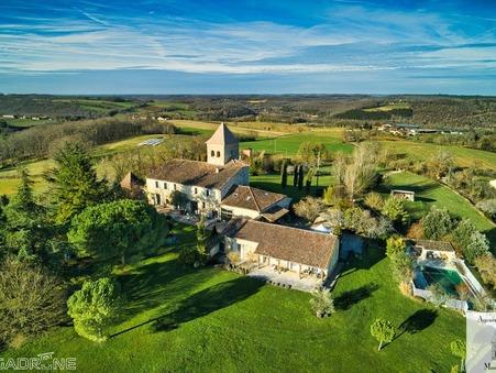 à vendre Maison de prestige Beaumont 1 496 250 €
