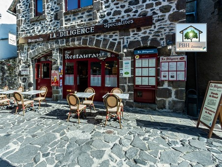 Acheter        Villa de prestige Auvergne 725 000 €