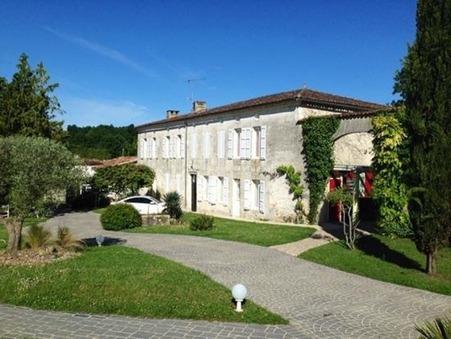 Acheter        Propriété  Poitou-Charentes 995 600 €